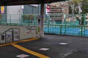 府中本町駅の北側改札