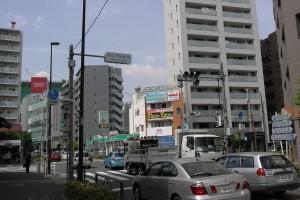 府中街道と旧甲州街道の交差点
